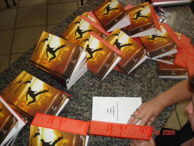Livros-personalizados-para-Brindes-Autora-Helena-Ribeiro